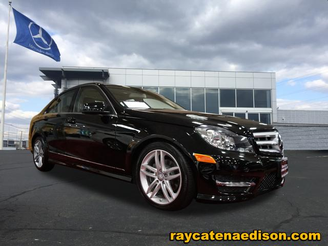 Pre Owned 2012 Mercedes Benz C Class BLACK
