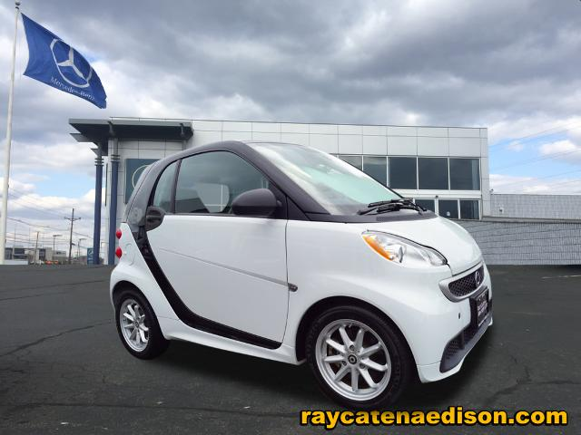 Pre-Owned 2015 smart fortwo Base