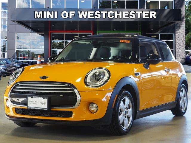 Certified Pre-Owned 2015 MINI Hardtop 2 Door Base